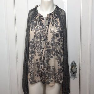 FREE PEOPLE Top Small Sheer Floral Keyhole Front
